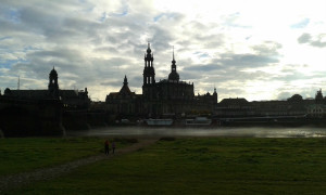 Elbe mit Wasserdampf